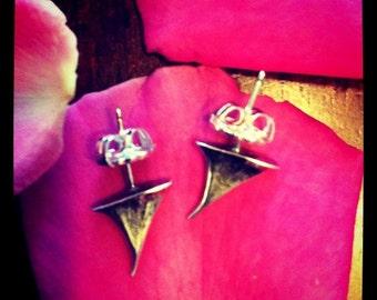 rose thorn stud earrings