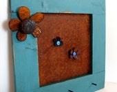 Magnet Frame Organizer Message Wall Hanging Kids Room Decor Metal Flower Accent Blue Finish