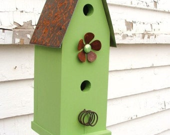 Rustic Cottage Birdhouse Home or Outdoor Garden Decor Decorative Bird House