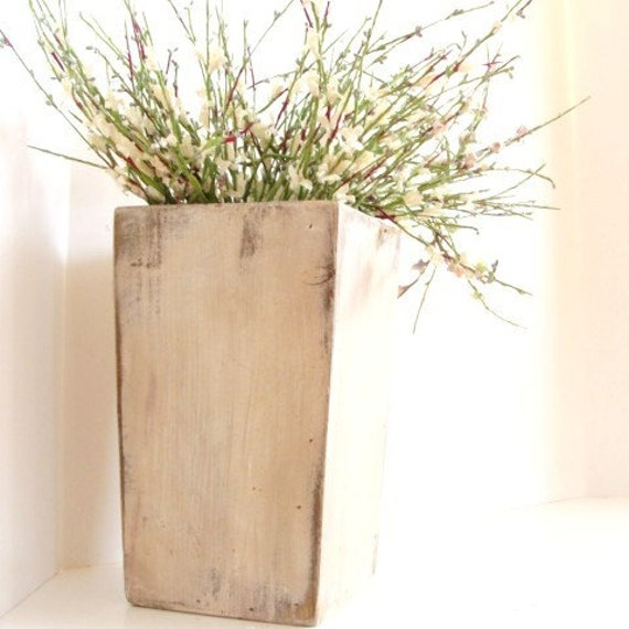 French Country Wood Vase for Weddings Tabletop Centerpiece Flower Holder Cottage Home Decor Antique White