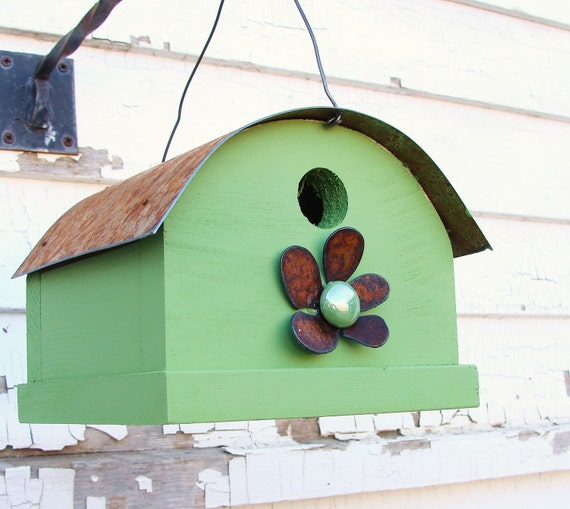 Green rustic birdhouse quonset barn style by baconsquarefarm for Bird house styles