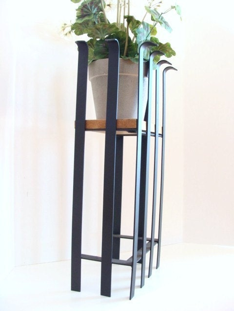 Modern plant stand industrial metal planter by baconsquarefarm - Steel pot plant stands ...
