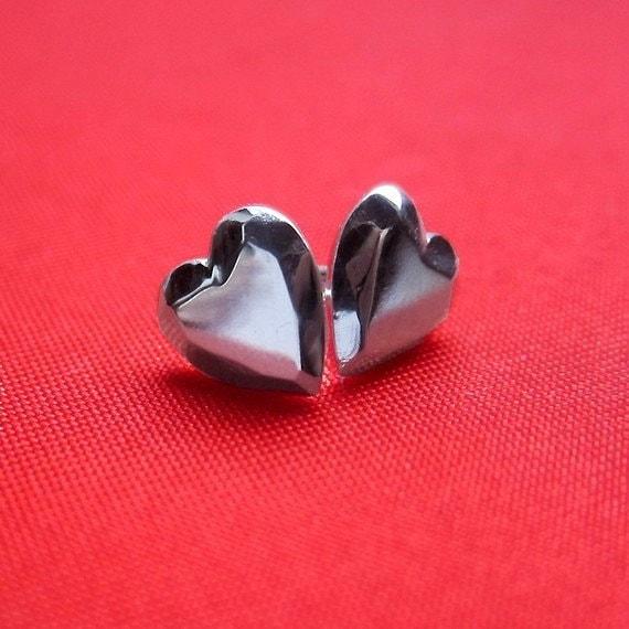 Sterling faceted heart stud earrings Modern Rock love studs