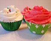 Holiday Cupcake Bath Bomb Fizzy trio The gift of Relaxation
