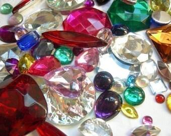 Rainbow Plastic Rhinestone and Cabochon Variety Pack (40X) (CB531)