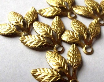 Raw Brass Triple Leaf Charms (12X) (M645)