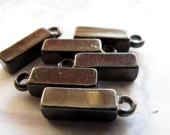 Gun Metal Plated Rectangle Charms (8X) (V443)