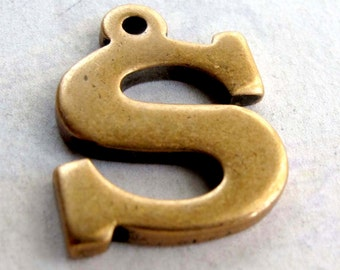 Vintage Brass Letter S Pendant (1X) (A628)