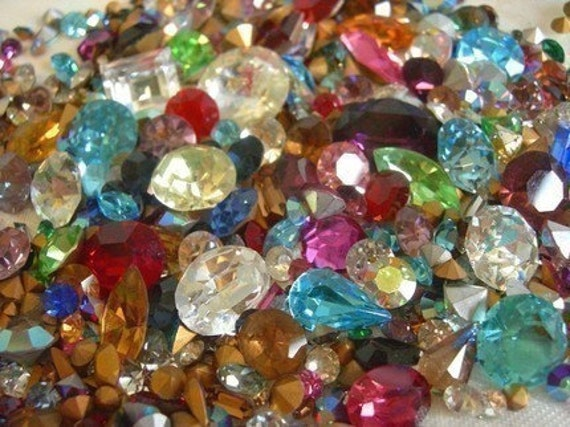 Random Assortment of Vintage Swarovski Rhinestone Crystal Stones (1mm-10mm) (6 grams) (S502)