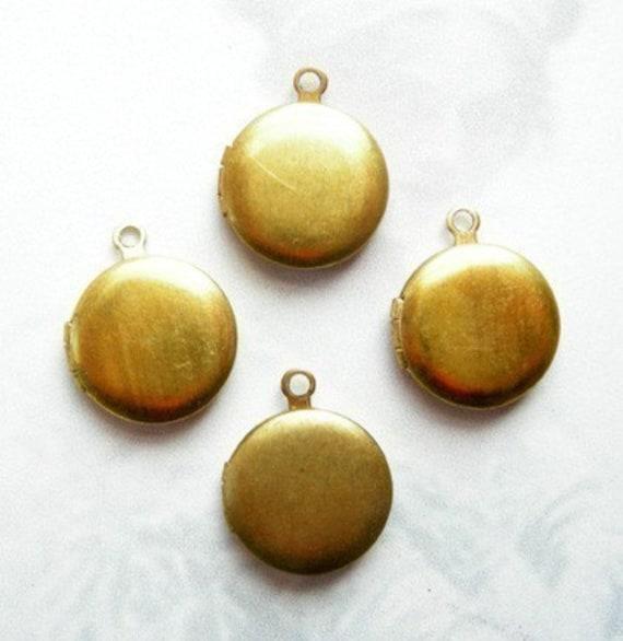 LAST Set- Tiny Vintage Raw Brass Lockets (10mm) (6X) (L502)