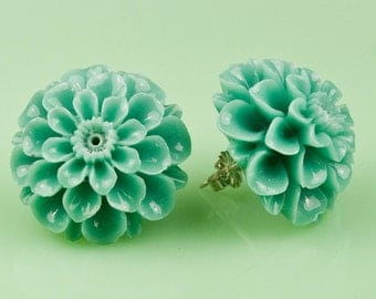 Vintage Turquoise  Mum Post Earrings