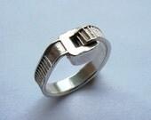 ziptie ring  2