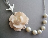 Wedding Necklace,Pearl Necklace,Ivory Flower Necklace,Ivory Floral Necklace,Ivory Pearl Necklace,Bridesmaid Necklace,Bridesmaid Gift,Gift