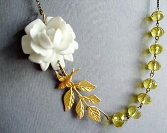 Wedding Necklace,Bridal Necklace,White Flower Necklace,Floral Necklace,Flower Necklace,Yellow Necklace,Leaf Necklace,Bird Necklace,Gift