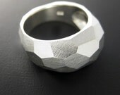 Facet Ring - Size 7