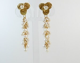 Gold Flowers and Freshwater Pearls Earrings