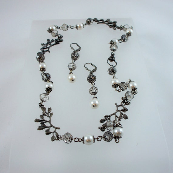 Gunmetal Crystals and Pearls Necklace and Earrings