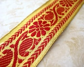 """SALE Vintage Sari Trim RED and bright GOLD Floral 1-1/2"""" wide x 1 yard"""