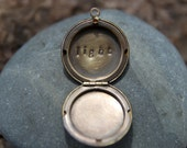 light . a (whispered) soul mantra locket