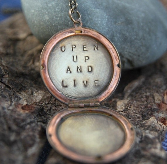 open up and live . a (whispered) soul mantra locket