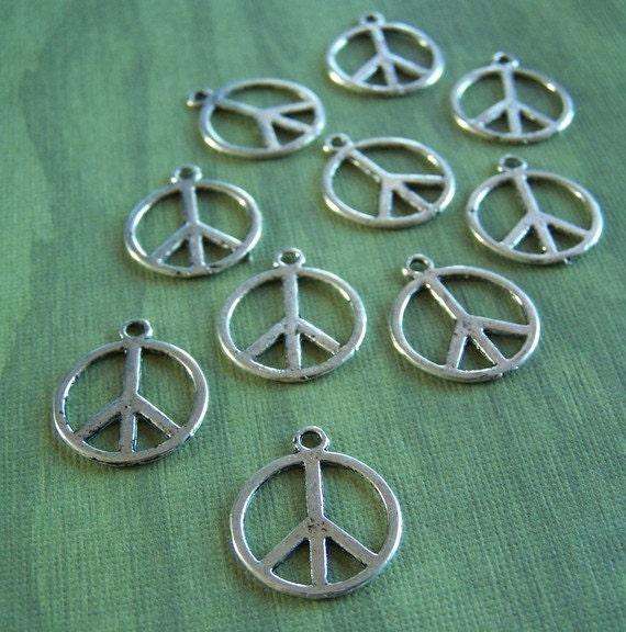 SALE --- 20 pcs Peace Sign Pendant / Charm 18mm - LF - P13a