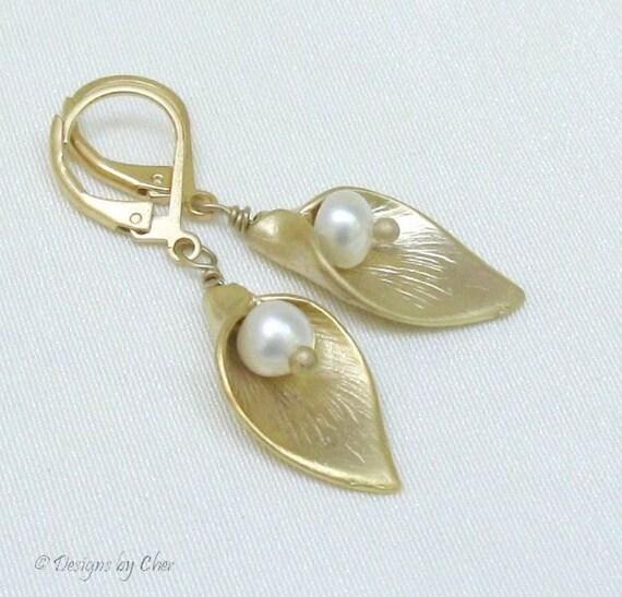 Pearl Calla Lily Satin Gold Earrings... Bridal Fashion, June Birthstone