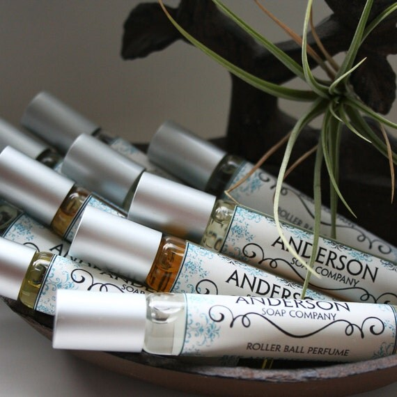 Oak Moss Oil Perfume (Vegan) 10 mL Roll-On