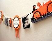 Retro Trick or Treat Halloween Garland Banner