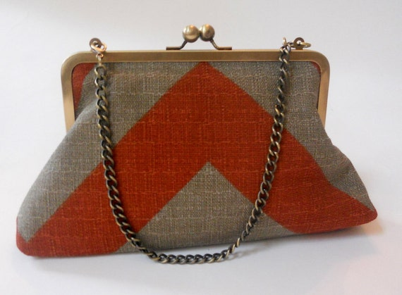 Funky Chevron Metal Frame Clutch with Removable Chain