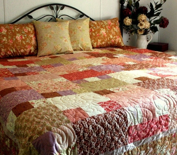 Queen Bed Quilt Ensemble Allspice Tapestry Ready to Ship