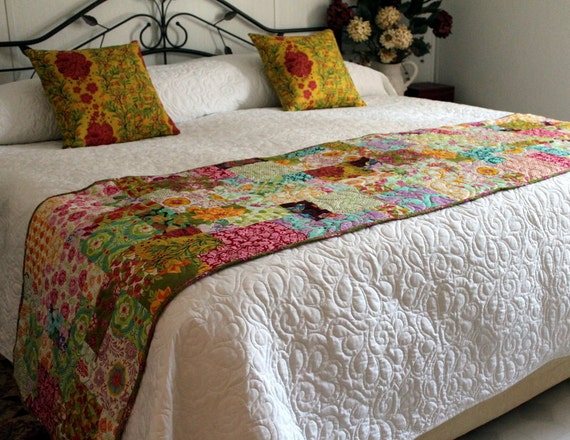 White King Size Whole Cloth Bed Quilt 110 X 112