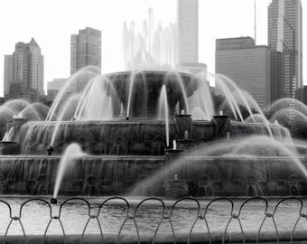 Buckingham Fountain in Chicago, 11x14 black and white fine art print