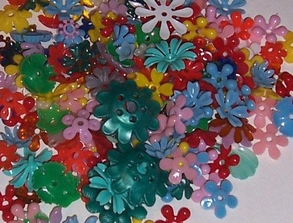 170 Vintage Rainbow Mix Mini Plastic Flowers Lot 2