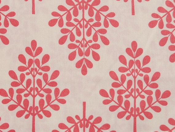 1 Yard of  IT'S A HOOT by MoMo for Moda - Blender Trees in Marshmallow Raspberry/pink