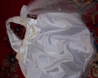Pug or small dog wedding gown and veil