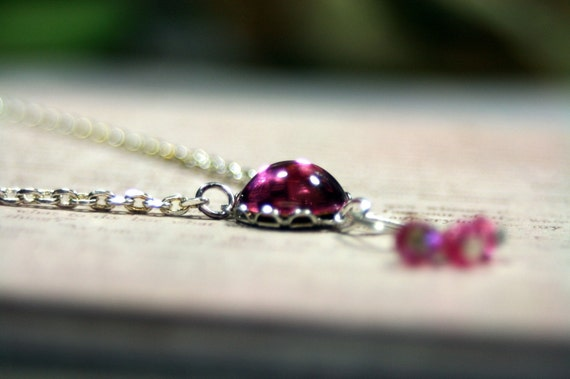 Pixie Dust Vintage Swarovski Crystal Necklace Petite Pink Pretty