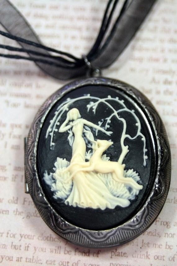 Goddess of the Hunt Large Black Cameo Locket Ribbon Necklace