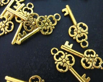 antique gold plated skeleton key pendant charms, 9.5x23mm