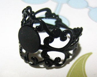 10 black adjustable filigree ring bases with an 8mm glue on pad  (lead and nickel free), A162