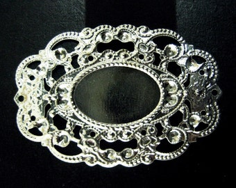 6 44x30mm filligree bezel setting, silver plated (holds a 13x18mm cabochon)