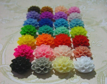 Sale 50 piece mixed lot 15mm multicolor mum cabochons, resin chrysanthemum cabs