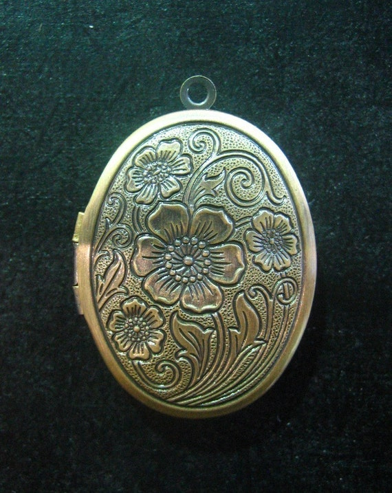 2 Antique Brass Oval Lockets Beautiful Large 24mm By. Byzantine Medallion. Edwardian Diamond Medallion. Angel Pendant Medallion. Santa Muerte Medallion. Tut Charm Medallion. Award Winning Medallion. Scorpio Pendant Medallion. Fancy Dress Medallion