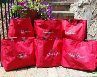 Personalized Bridesmaid Totes Monogrammed  - Set of 7 -