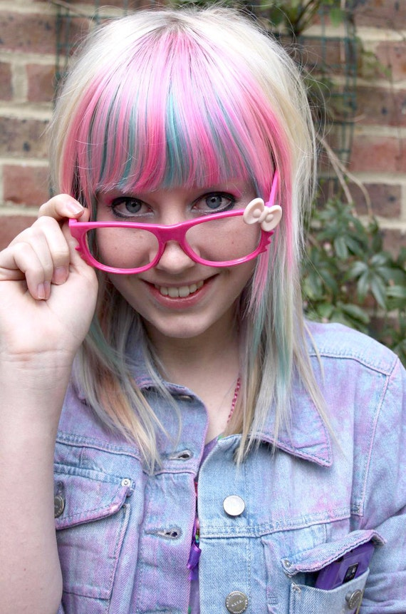 Hello Kitty Style Bow Geek Glasses Pink