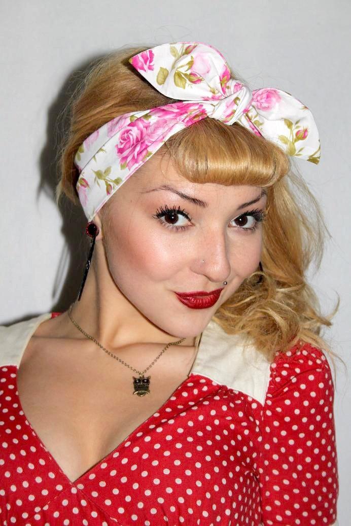 Pink Rose Vintage Style 1950s Head Scarf / Hair tie by