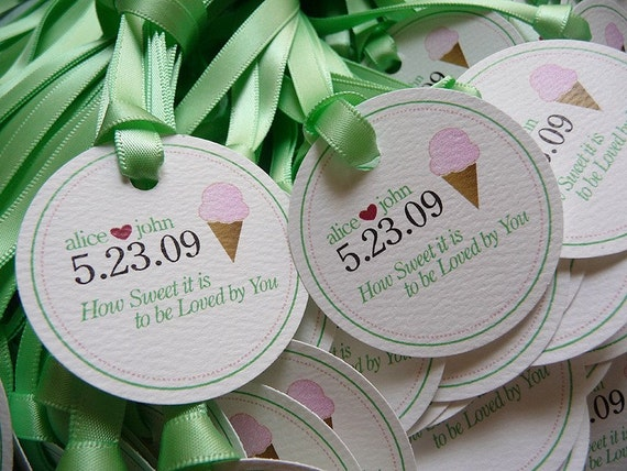 100 Custom Illustration Circle Favor Tags