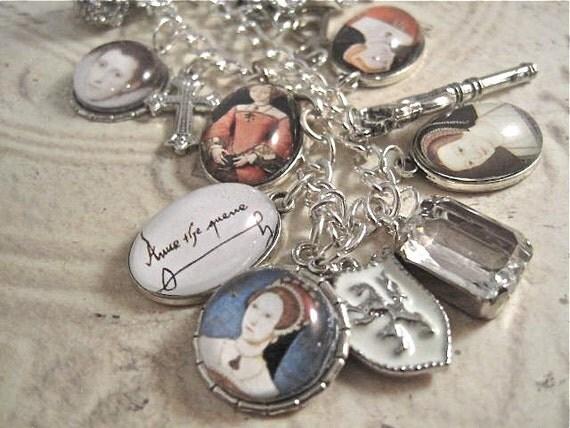 Anne Boleyn The Queen Charm Bracelet