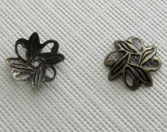 50 Antiqued brass 10mm leaf beadcaps