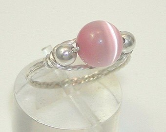 CLOSE-OUT Sweet Pink Cat's Eye Bead Silver Wire Ring, sz 10