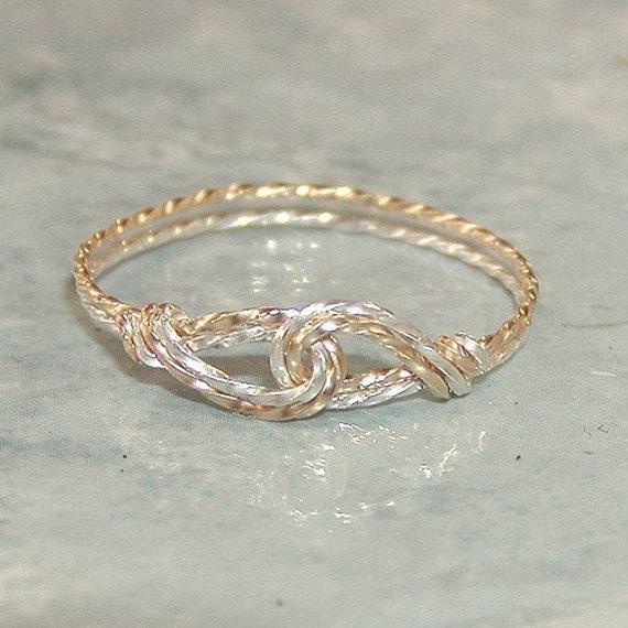 Interlocked Swirls Two-Tone Twist Wire Thumb Ring, sz 9-1/2